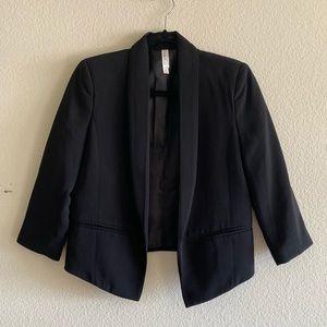 Black Tuxedo-Look Cropped Blazer - XS